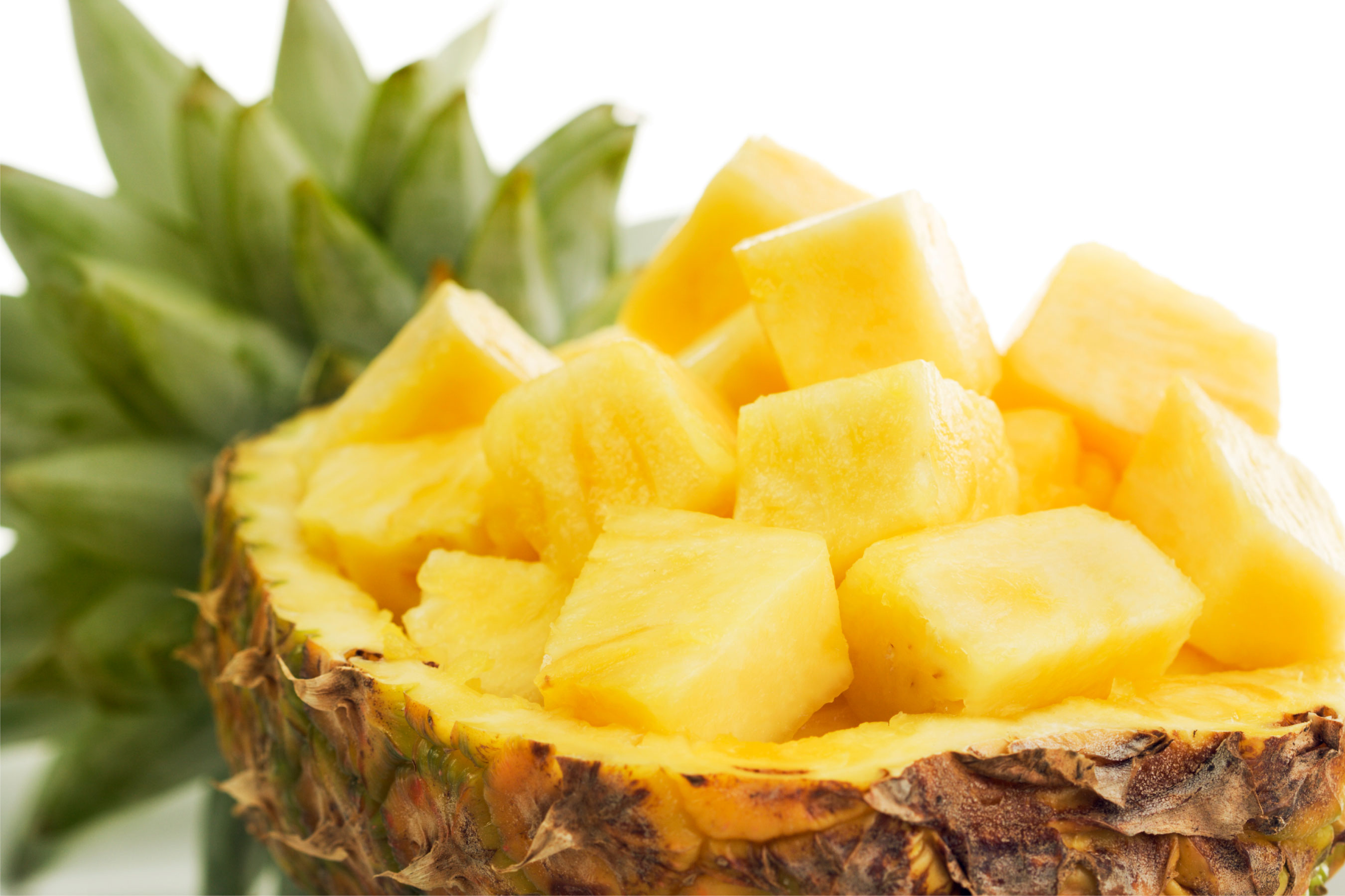 Reasons why you shouldn't throw away the pineapple core